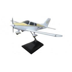 MAQUETE PA-28 CHEROKEE