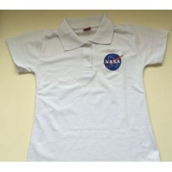 POLO FEM BRANCA COM LOGO DA NASA