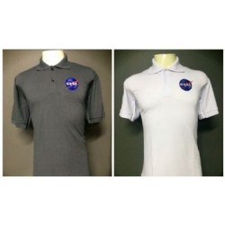 POLO MASCULINA COM LOGO DA NASA